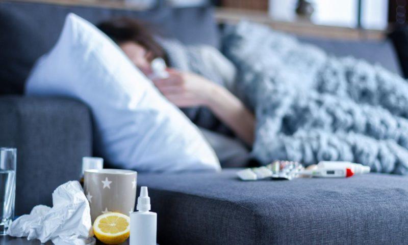 woman-flu-sofa